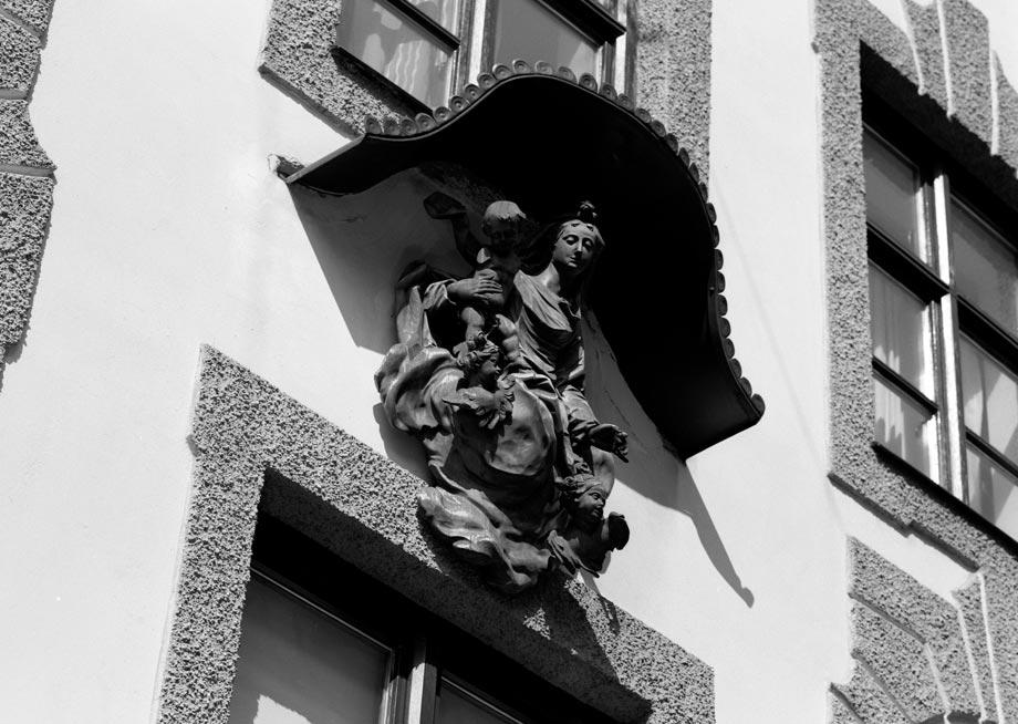 Hackenstraße Madonna